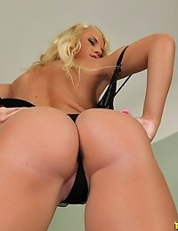 Vanda got her pussy stuffed while another dick was in her mouth and then she got both her pussy and asshole pounded at the same time in some hot double penetration