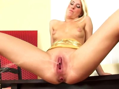 Hot Babe Solo Action #1 - CDV2