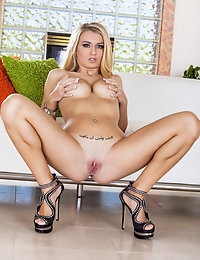 Natalia Starr - Twistys babe for September 04, 2013