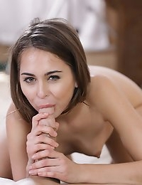22306 - Nubile Films - Work Out Session