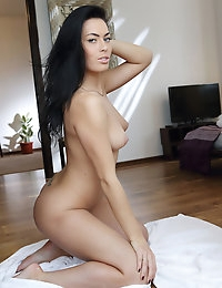 I Love Being Naked