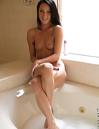 Nubiles.net - featuring Nubiles Sabrina Banks in wet-pussy