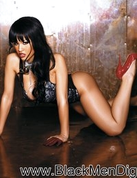 :: Black Men Digital Features Rosa Acosta ::