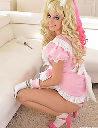 Hungarian cutie does cosplay