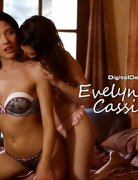 Evelyn Fierce & Cassie Laine have a hot time in their bedroom