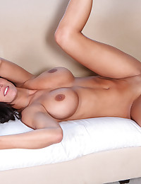 Triple D hottie with a deep throat swallows a warm load