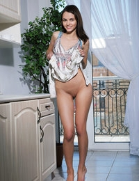 MetArt - Lilit A BY Arkisi - PRESENTING LILIT