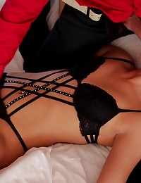 Horny Anna Rose lets her man tie her up and take her on a sensual journey as he seduces her tits and creamy pussy