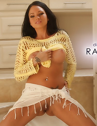 Raven Bay is a tan perfection - Digital Desire