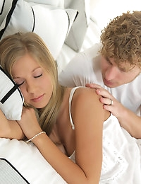 Nubile Films - photos featuring Chastity Lynn in Hard Times photo #4