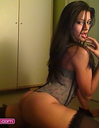 Free CamWithHer.com Photo Gallery photo #11
