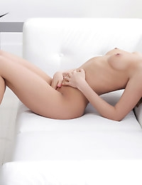 Nubiles.net - featuring Nubiles Arina Clair in nude-amateur photo #9