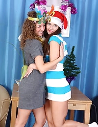 Holiday teen foursome photo #2