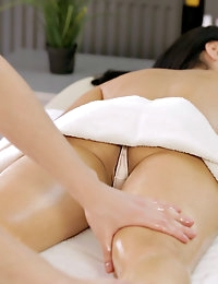 :: Team Skeet .com Presents: RubATeen.com.. featuring Sasha in Beautiful Teen Loves Soothing Massage Fuck :: photo #3