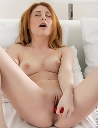 Nubiles.net - featuring Nubiles Sara Redz in horny-babe photo #8