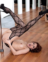 Nude Pics Of Lexi Bloom In Private Dancer - Babes.com photo #8
