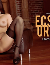 Nude Pics Of Sunny Leone In Ecstatic Orgasm - Babes.com photo #10
