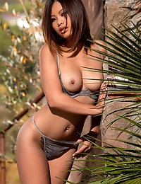 Nude Pics Of Khyanna Song In La Blue Babe - Babes.com photo #3