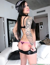 :: TeamSkeet.com Presents: POV Life.com starring Karmen Karma in Karmen Does Miami :: photo #3