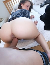 :: She's New.com presents... Krystal B in... Wake that ass up :: photo #10