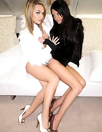Double pussy - FREE PHOTO PREVIEW - WATCH4BEAUTY erotic art magazine photo #2