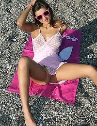 Pee on the beach - FREE PHOTO PREVIEW - WATCH4BEAUTY erotic art magazine photo #2