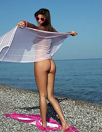 Pee on the beach - FREE PHOTO PREVIEW - WATCH4BEAUTY erotic art magazine photo #7
