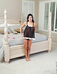 Nubiles.net - featuring Nubiles Cali Doe in alluring-sexy-babe photo #1