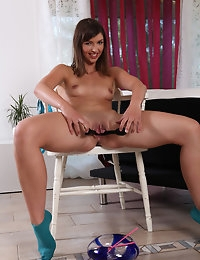 Horny Susan uses kitchen tools to get herself off photo #10