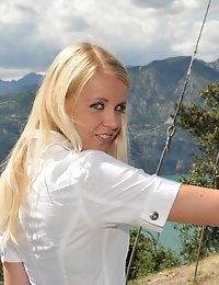 Eroberlin-Samantha-Heat-sexy-bella-Italia-largo-di-garda photo #2