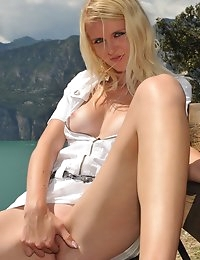 Eroberlin-Samantha-Heat-sexy-bella-Italia-largo-di-garda photo #5
