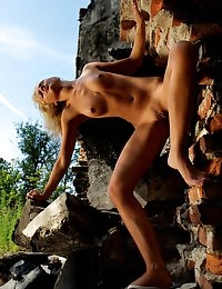 Fedorov-hd-Lana-ruins-charming-blonde-sexy-outside-nude-art  photo #11