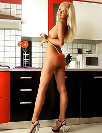 Fedorov-hd-Sarah-kitchen-blond-skinny-russian-teen-naked  photo #11