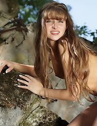 Fedorov-hd-Vita-on-the-rocks-sweet-erotic-art-kittie  photo #1