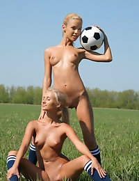 SANDY A & MARINA C   BY OLEG_MORENKO - SOCCER - ORIG. PHOTOS AT 4300 PIXELS - © MET-ART FREE GALLERY photo #2