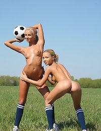 SANDY A & MARINA C   BY OLEG_MORENKO - SOCCER - ORIG. PHOTOS AT 4300 PIXELS - © MET-ART FREE GALLERY photo #6