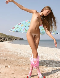 ALENA I  BY ALEX_DEONISIUS - SOLARE - ORIG. PHOTOS AT 3000 PIXELS - © 2006 MET-ART.COM photo #15