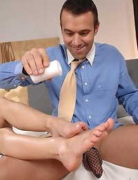 :: Hot Legs and Feet.com - Lulu < Titus Steel -  - The Ultimate Leg < Foot Fetish site on the Net - Footjobs, Sexy Legs, Stockings, LegSex photo #9