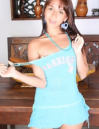 Paulina18.com - Tiny, Young, Horny! photo #1