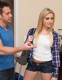Mia Malkova and Johnny Castle  - Naughty America photo #2