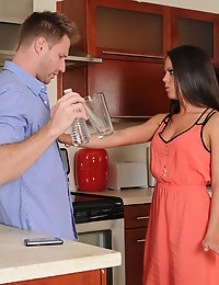 Rahyndee and Levi Cash in My Dad's Hot Girlfriend - Naughty America photo #2