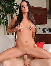 Rahyndee and Levi Cash in My Dad's Hot Girlfriend - Naughty America photo #9