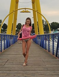 Eroberlin beautiful girls pussy in public sexy movies photo #12