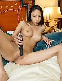 Eroberlin Alexis Love room service skinny pornstar photo #7