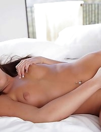 Nude Pics Of Giselle Leon In Plaisirs Personnels - Babes.com photo #13
