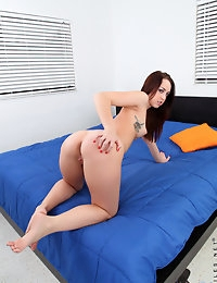 Nubiles.net - featuring Nubiles Jade Dunn in blue-bed photo #9