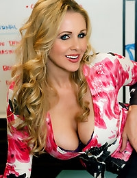 Penthouse.com Photo Gallery - Julia Ann - Penthouse Petsand and the World's Sexist Women Since 1973  photo #4