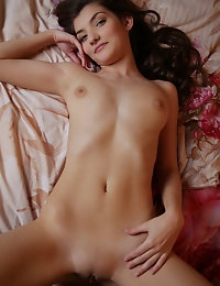 MetArt - Ryanel A BY Arkisi - PRESENTING RYANEL photo #10