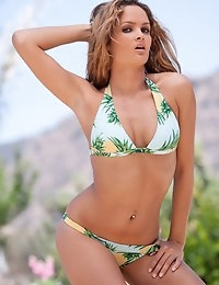Prinzzess Sahara takes off her bikini in the springtime sun - Digital Desire photo #3