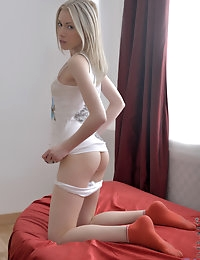 Nubiles.net - featuring Nubiles Kamilla in pussy-fingering photo #7